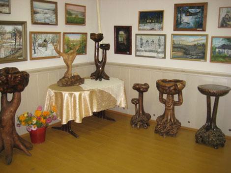 Шойгу выставил свою шкатулку на выставке «Русская провинция» в ДК села Черкизово