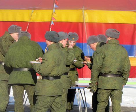 Праздник для военных в Национальном конном парке