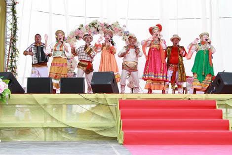 в Национальном Конном Парке «РУСЬ» прошел праздник, посвященный Всероссийскому Дню Семьи, Любви и Верности