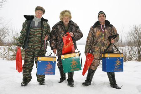 Зимняя рыбалка Весьегонск Рыбинское водохранилище