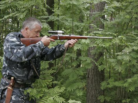 охотник  и ружье охотничье
