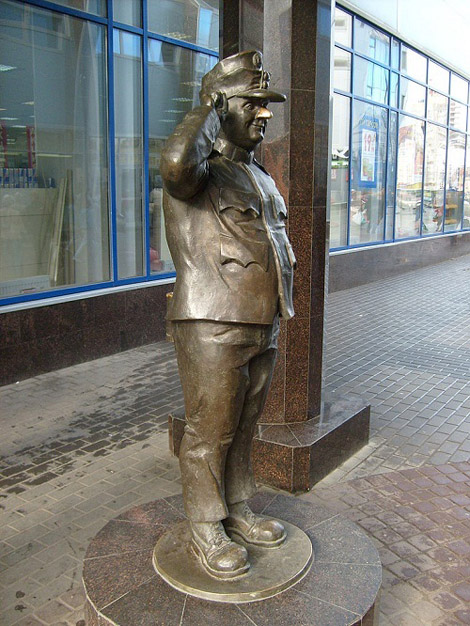 Памятник Чижику Санкт-Петербург