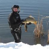 Подводные охотники выходят на зимнюю подводную охоту