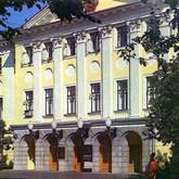 Музей прикладного искусства пожаловался в Госдуму на Минкультуры
