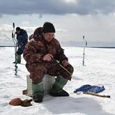 Народная рыбалка в Подмосковье и в Томске (ВИДЕО)