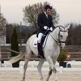 В КСК ЛЕВАДИЯ сформирована группа для конников-паралимпийцев