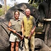 Почетный председатель WWF неудачно поохотился на слонов, и другие новости о неудачниках