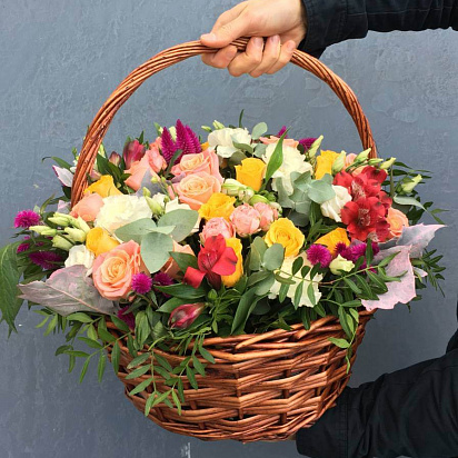 Купить цветы с доставкой в подарок